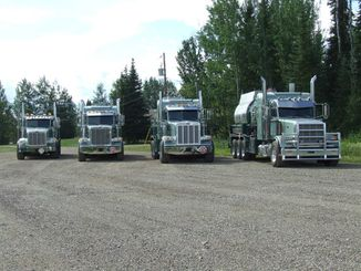heavy duty oil trucks